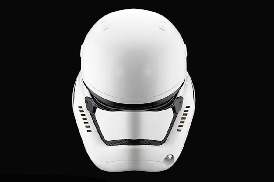 StormTrooper-Helmet-5-900x600
