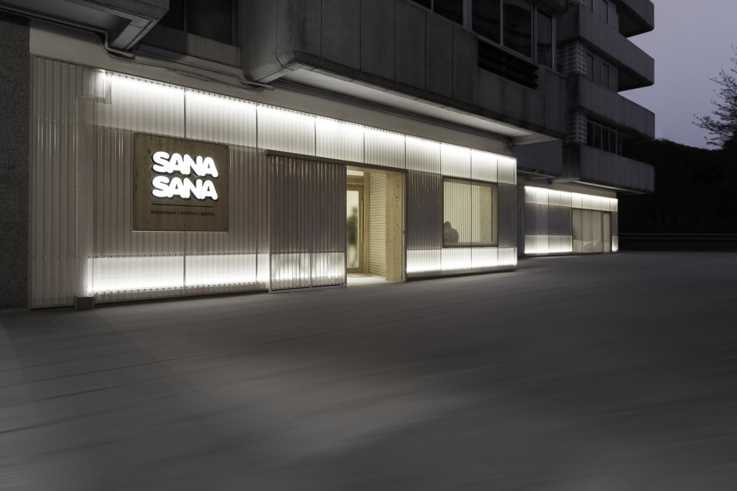 NC_SANASANA_HR_17_30