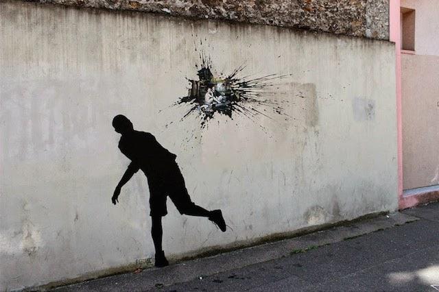 street-art-in-paris-by-pejac-4