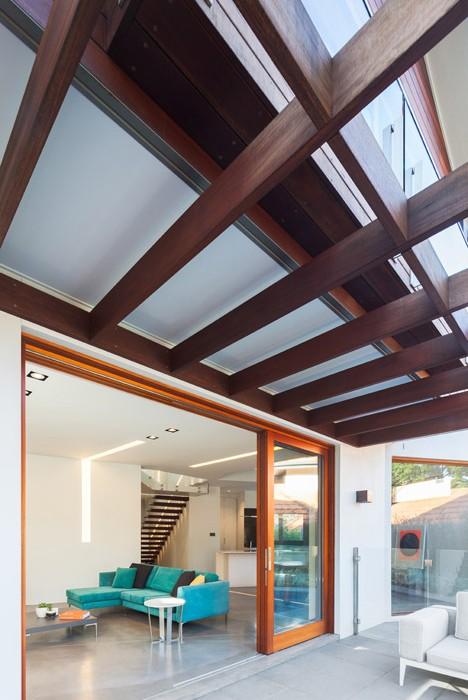 Naremburn-House-by-Bijl-Architecture_dezeen_468_15