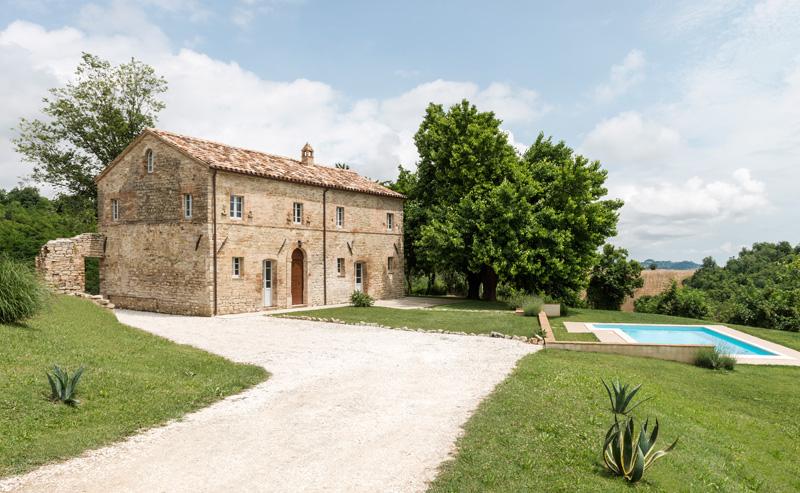 tuscany-villa_180815_02