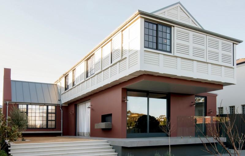 Luigi-Rosselli-Architects-Balancing-Home-005-800x510