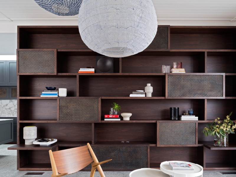 Luigi-Rosselli-Architects-Balancing-Home-014-800x600