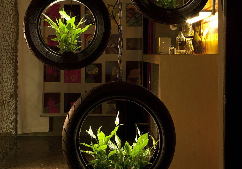 green-tyre-light-by-roumelight-CONTENT2