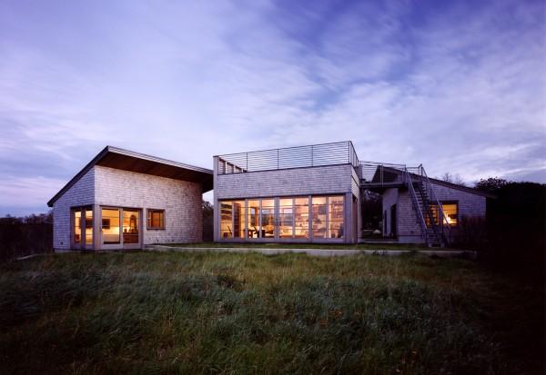 2_Aquinnah_House