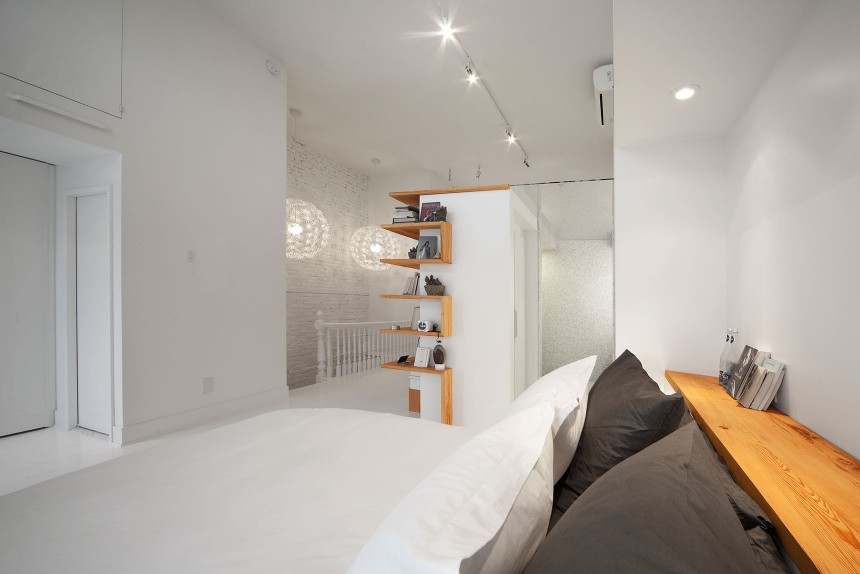 Juliette-apartment-Redesign-the-third-floor-of-a-single-family-residence-of-the-Plateau-Mont-Royal-HomeWorldDesign-5