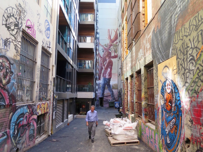 Stunning-Mural-in-Melbourne-by-Fintan-Magee-3