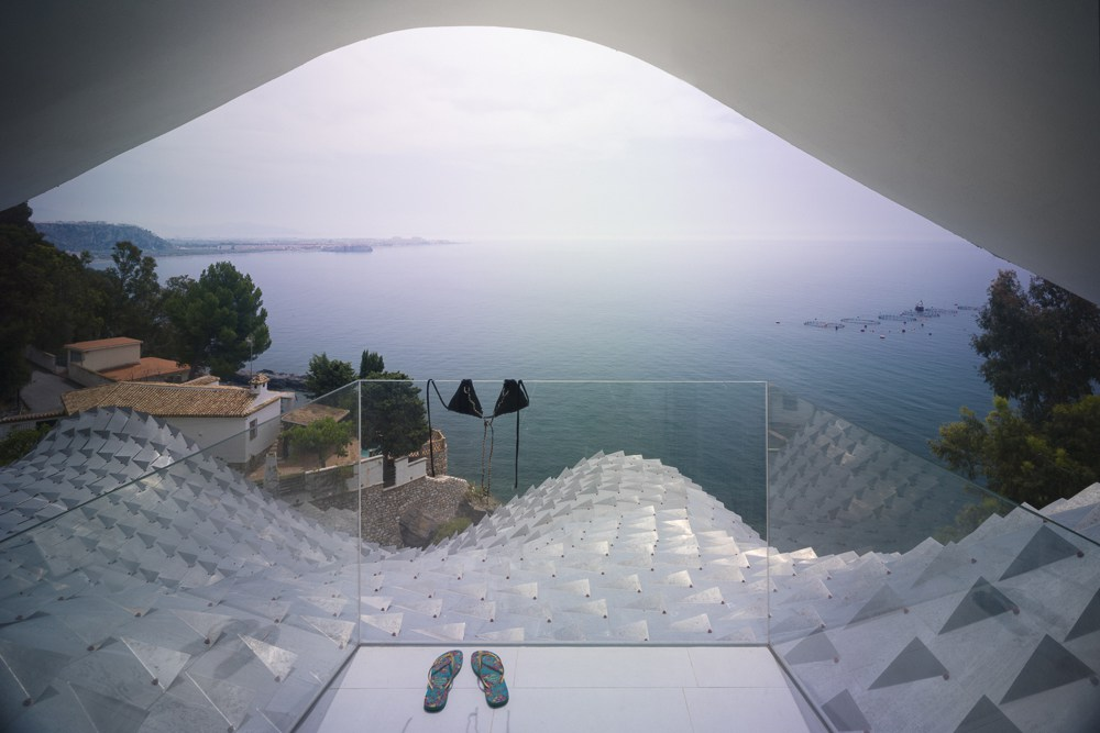 casa-del-acantilado-by-gilbartolome-arquitectos-4