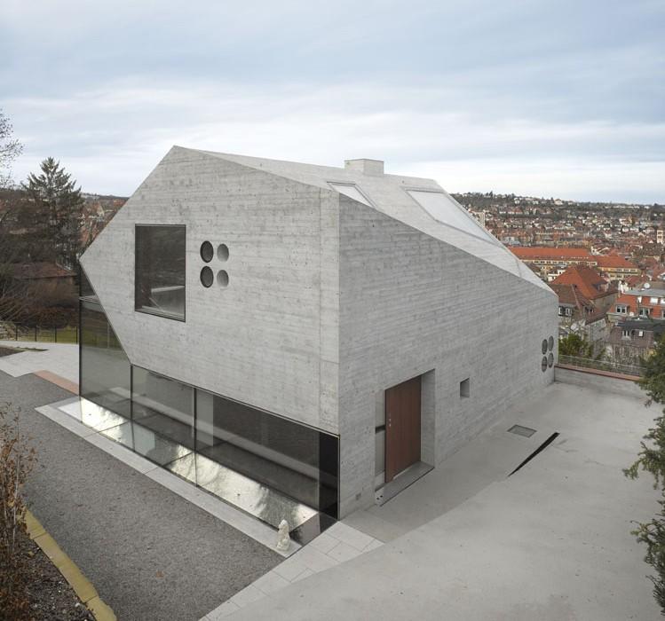 House-36-is-Shaped-like-a-Mountain-Crystal-Stuttgart-10
