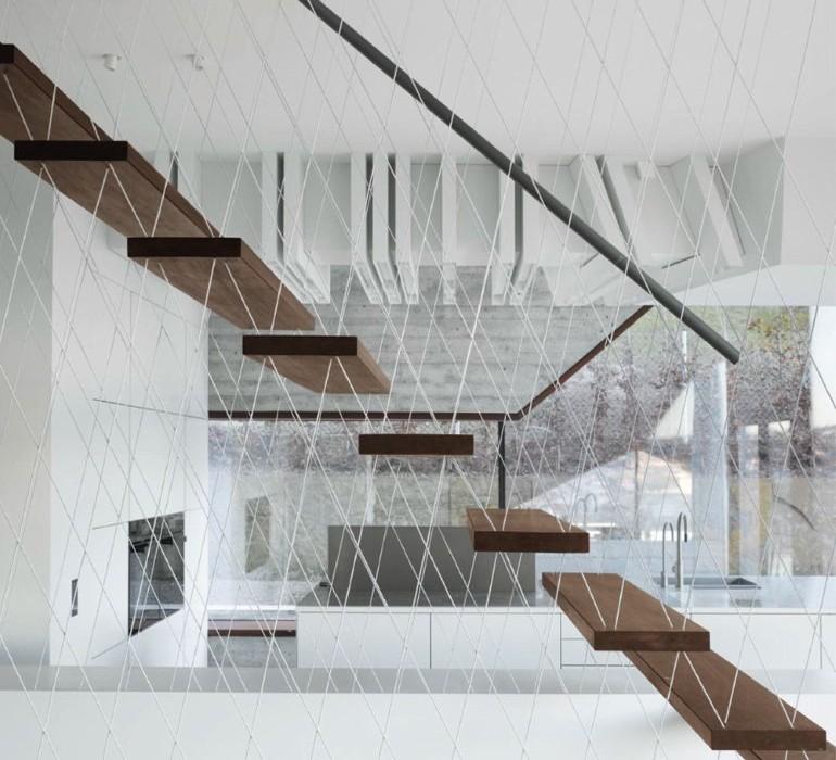 House-36-is-Shaped-like-a-Mountain-Crystal-Stuttgart-7