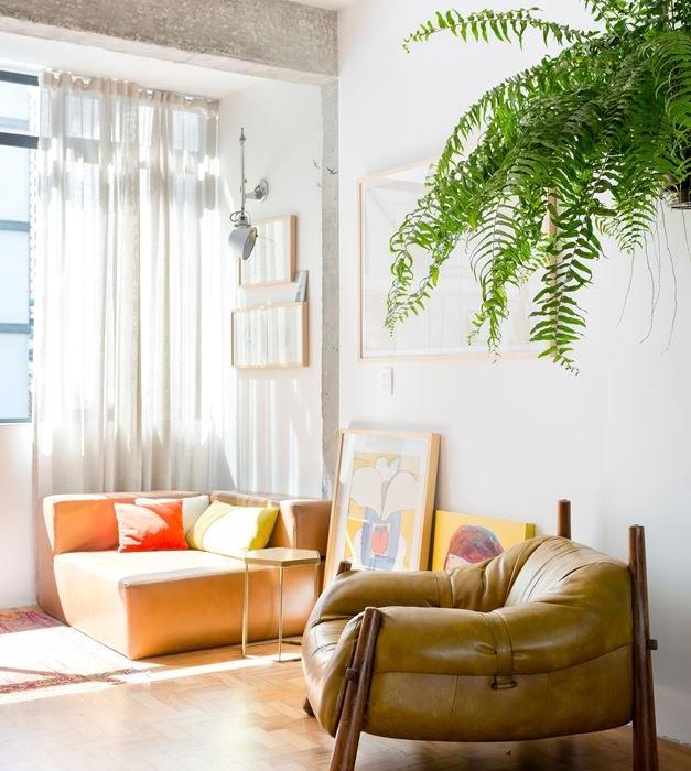 Stylish-Brazilian-Flat-Displaying-an-Inspiring-Eclectic-Design-17
