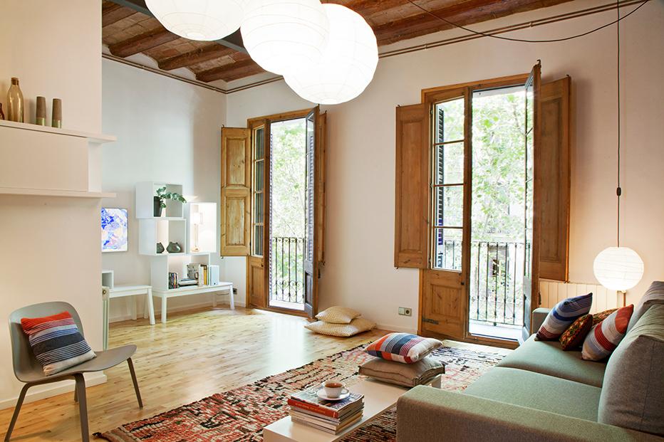 Enric-Granados-apartment-Barcelona-www.homeworlddesign.-com-1