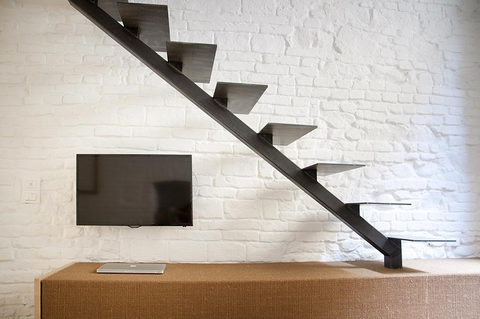 Small-studio-apartment-design-R3Architetti-www.homeworlddesign.-com-10