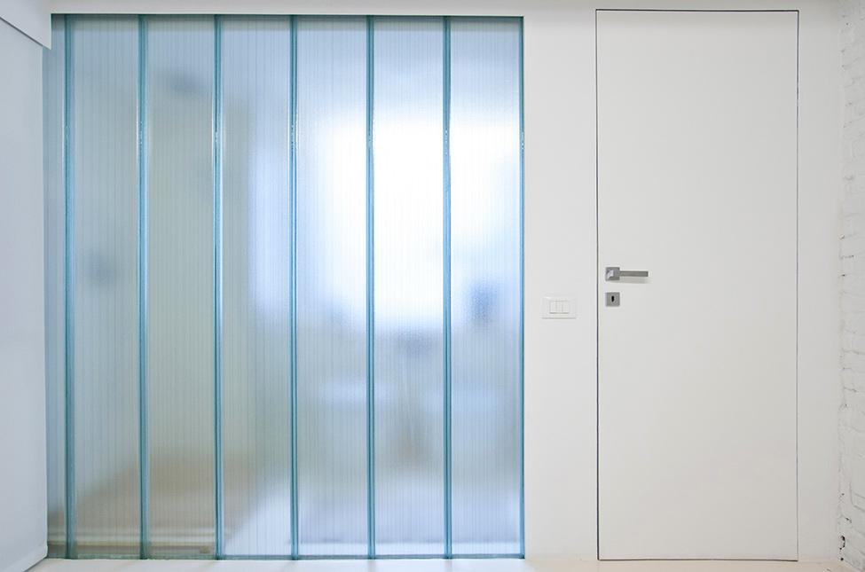 Small-studio-apartment-design-R3Architetti-www.homeworlddesign.-com-4