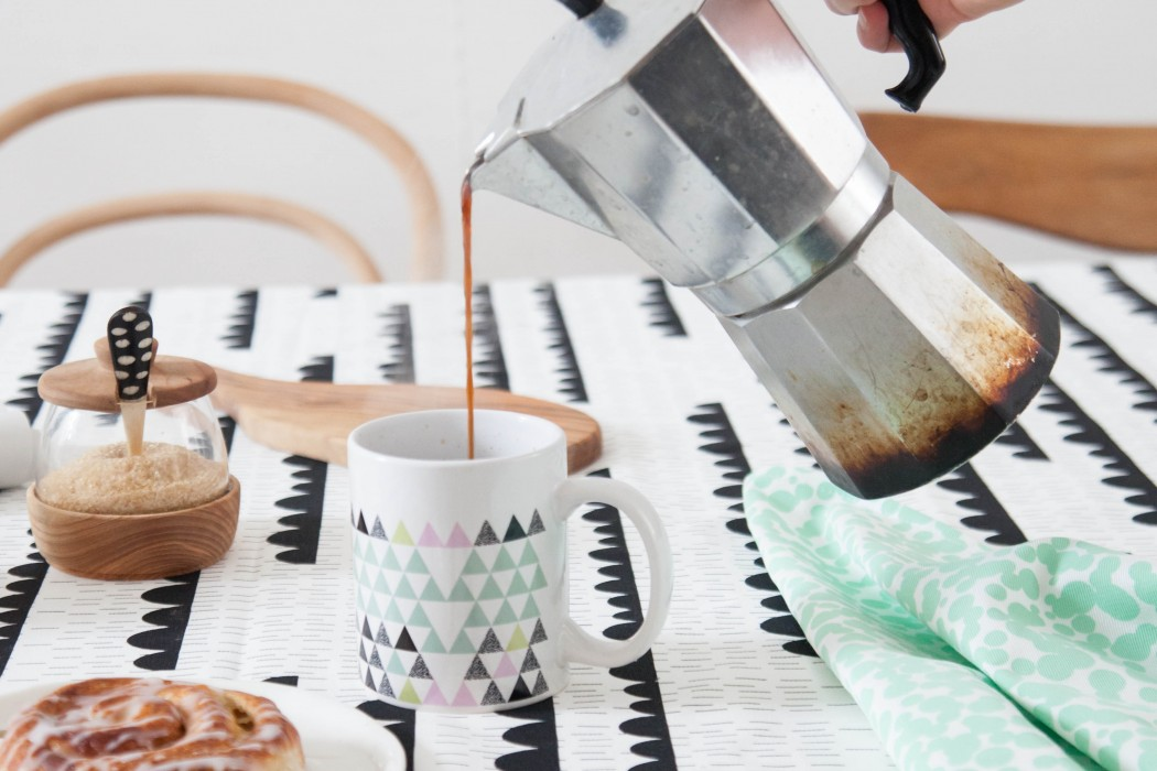 Table cloth Rainy Days_Cup Soft Triangles_Tea Towel Dots mint