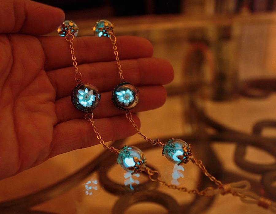 Glow In The Dark Jewelry By Manon Richard Design