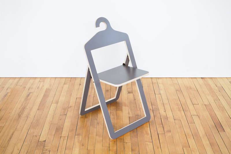 hanger_chair-grey-hero-001
