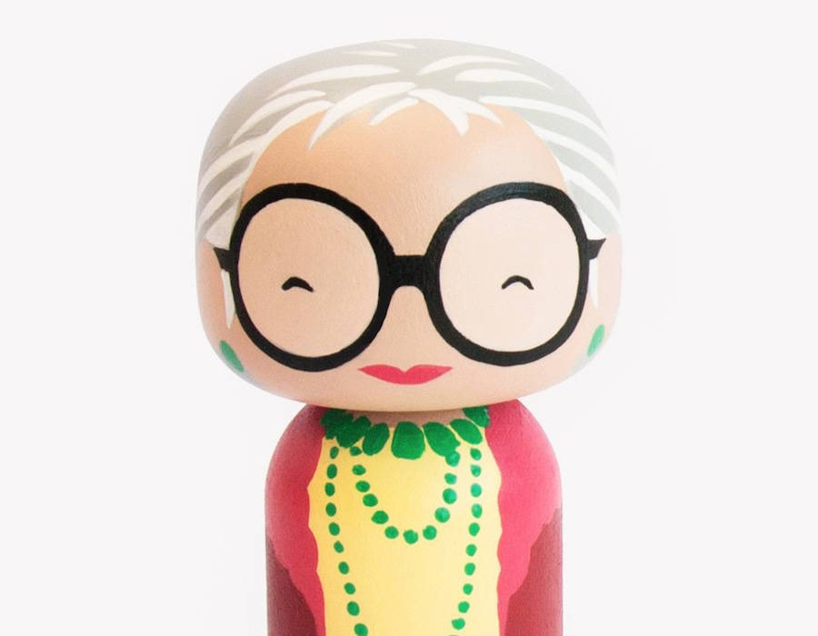 Pop-Icons-Turned-Into-Nice-Kokeshi-Dolls6-900x900