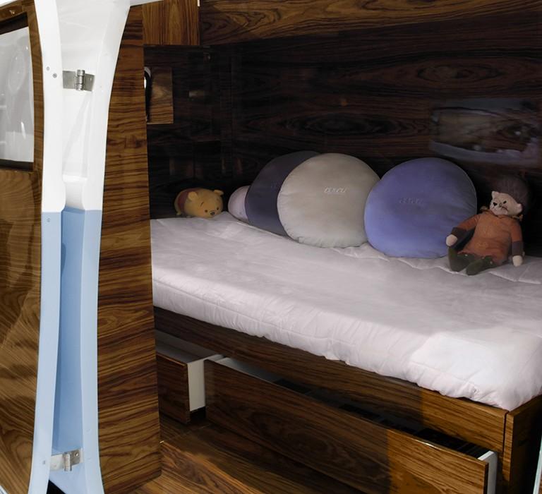 bun-van-detail-circu-magical-furniture-12