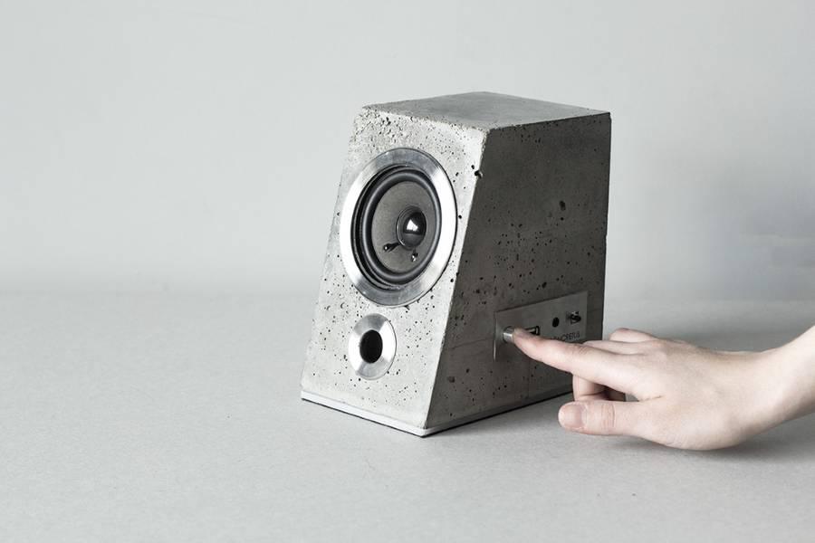 concretespeaker5-900x600