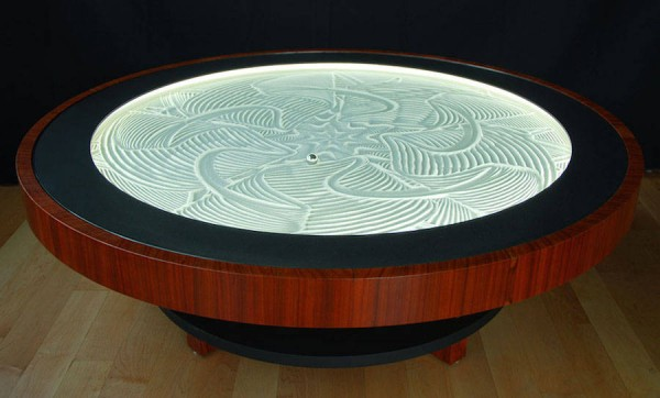 kinetic-sand-drawing-table-4-900x543