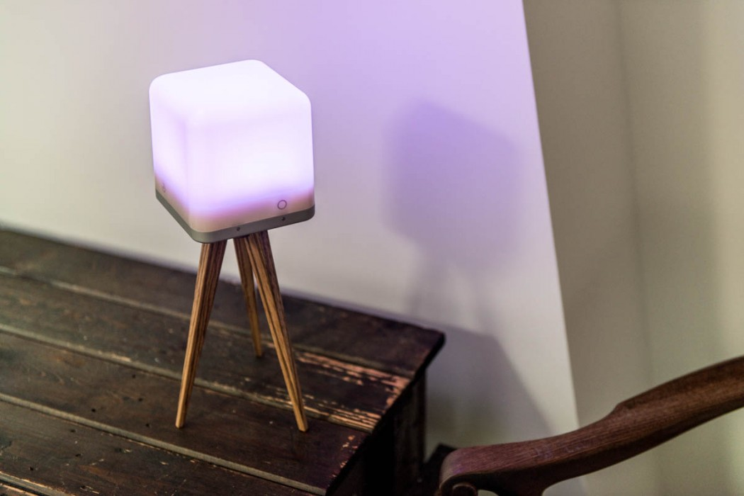 lucis-lamp-table-2