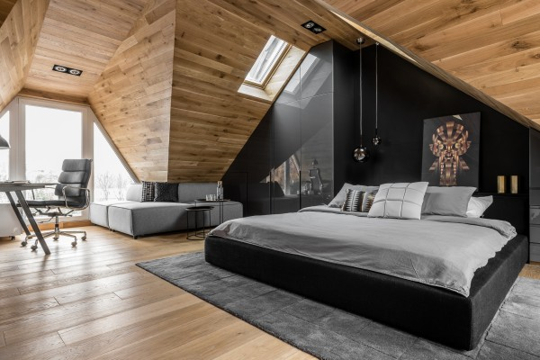 Okrezna Attic Apartment by Raca Architekci