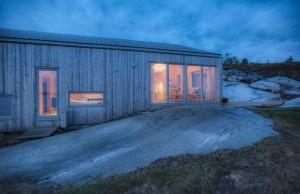 tyin-tegnestue-architects-k21-skardsøya-norway-designboom-08
