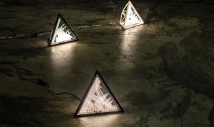 trianglelampe7-900x538