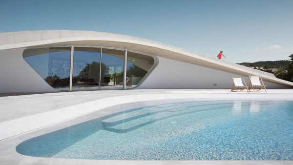villa-ypsilon-lassa-architecture-residential-greece_dezeen_hero-a