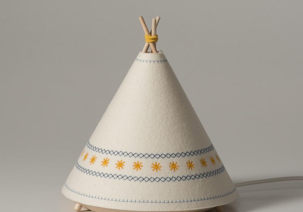 Lampara-infantil-Tipi-Buokids-amarillo-01