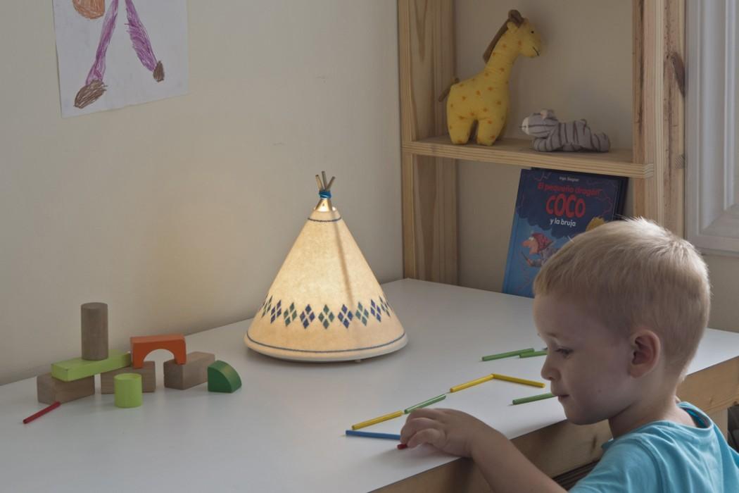 Lampara-infantil-Tipi-Buokids-detalle-02-panoramica