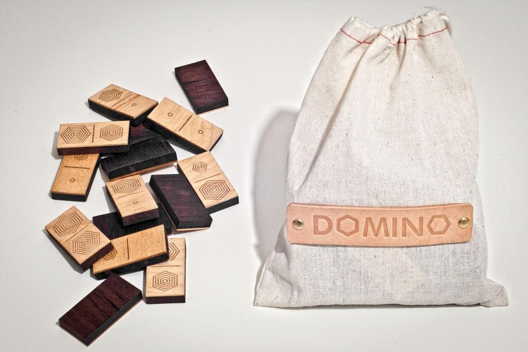 DOMINO-2000-11