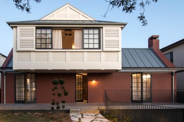 Luigi-Rosselli-Architects-Balancing-Home-002-800x464