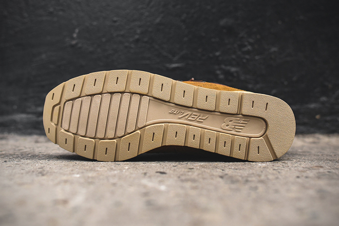 New-Balance-MRH696-Boots-5