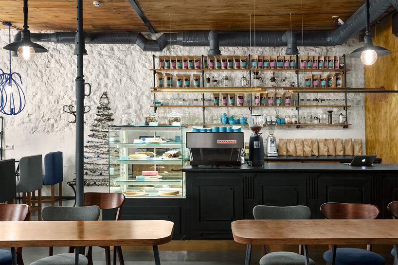 blue-cup-coffee-shop-kleydesign-studio-kiev-ulkraine-designboom-07