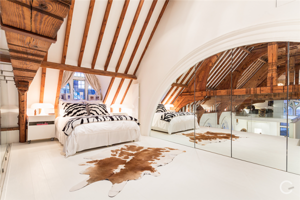 Luxury-Residence-Gianna-Camilotti-www.homeworlddesign.com-12