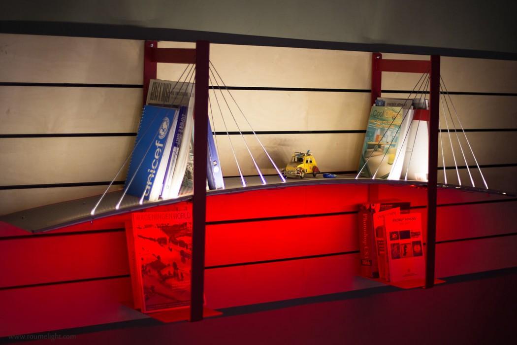 bookshelf-lightbridge-by-roumelight-CONTENT1