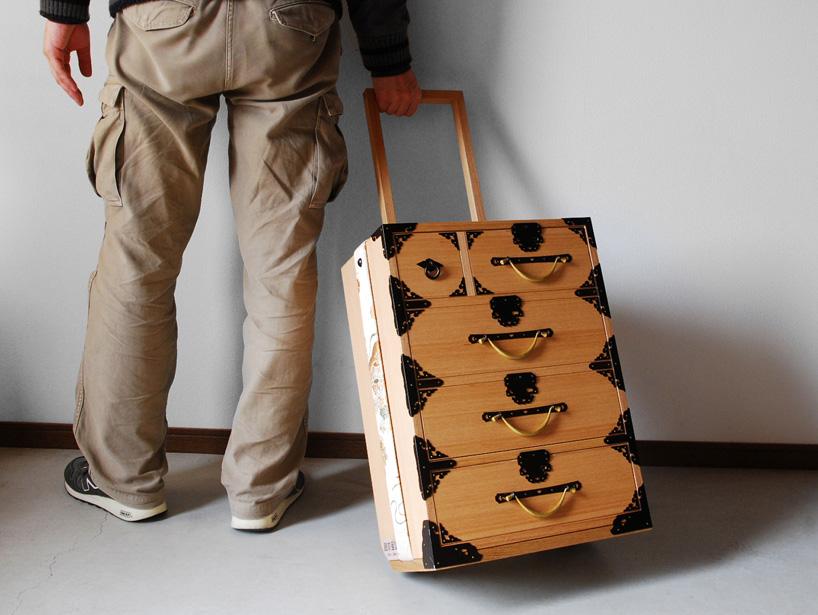 Furnitureholic-yuukou-yamaguchi-echizantansu-suitcase-designboom-010
