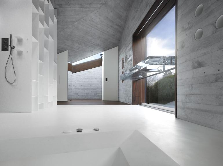 House-36-is-Shaped-like-a-Mountain-Crystal-Stuttgart-5