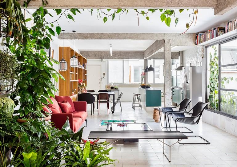 Stylish-Brazilian-Flat-Displaying-an-Inspiring-Eclectic-Design-1
