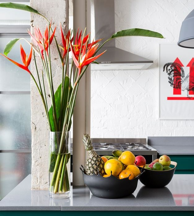Stylish-Brazilian-Flat-Displaying-an-Inspiring-Eclectic-Design-6