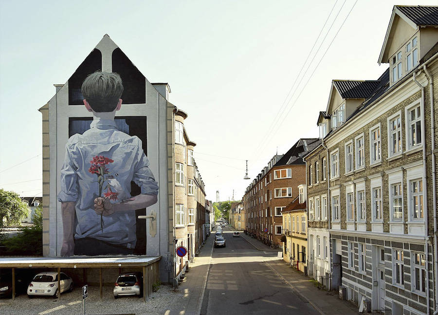 Giant-Comical-Mural-by-BEZT-in-Denmark1-900x647
