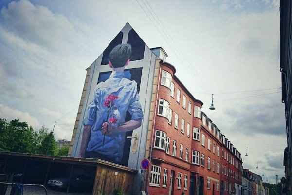 Giant-Comical-Mural-by-BEZT-in-Denmark2-900x637