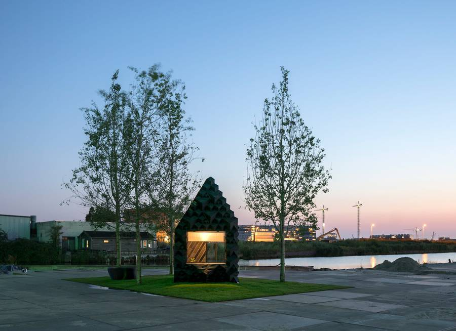 3d-printed-urban-cabin-dus-architects-amsterdam_dezeen_2364_col_8-900x654