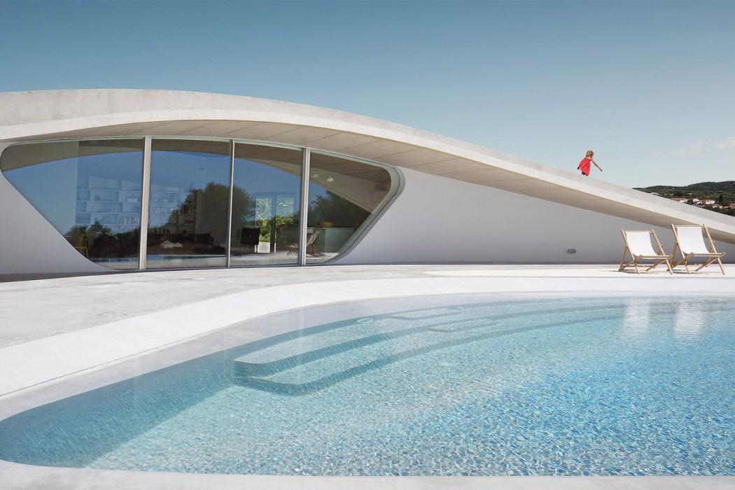 villa-ypsilon-lassa-architecture-residential-greece_dezeen_hero-a