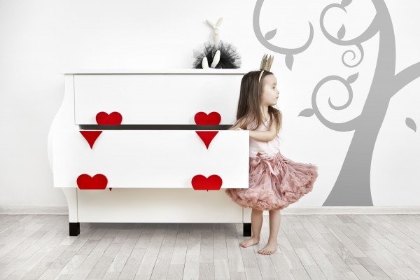 Luxury hand-made furniture for kids from Barste Design